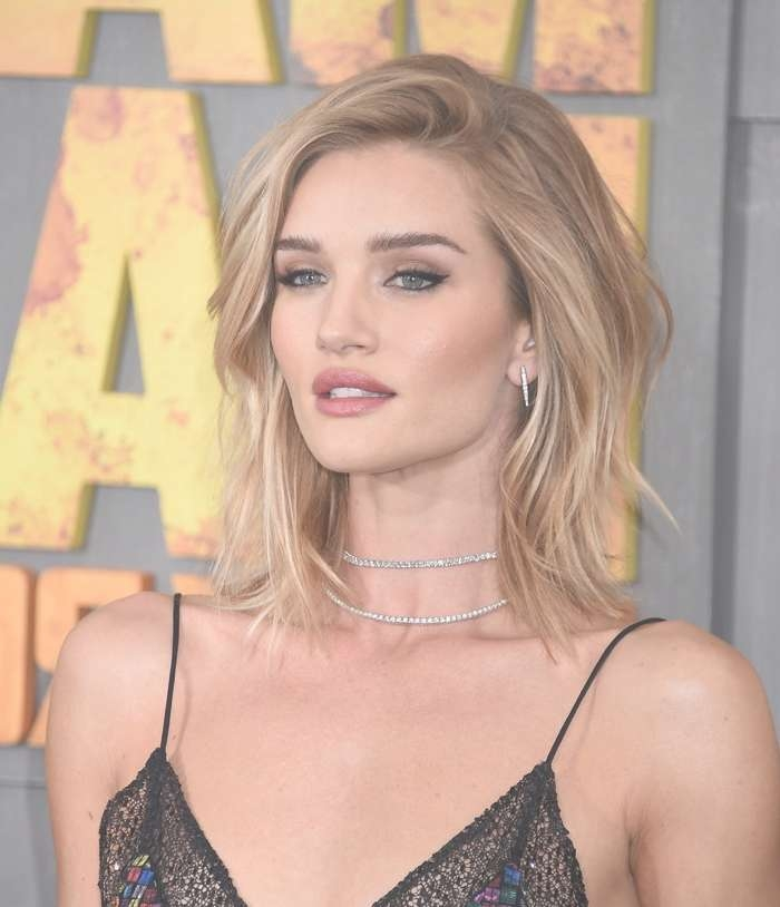 Best Medium Length Hairstyles: Medium Hairstyles For Women Intended For Most Recently Center Part Medium Hairstyles (View 7 of 25)