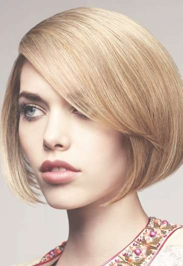 Featured Photo of Jaw Bob Haircuts
