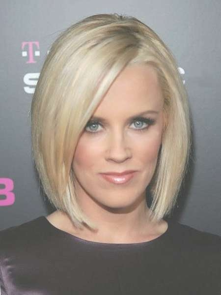 Displaying Gallery of Classic Bob Hairstyles (View 16 of 25 Photos)