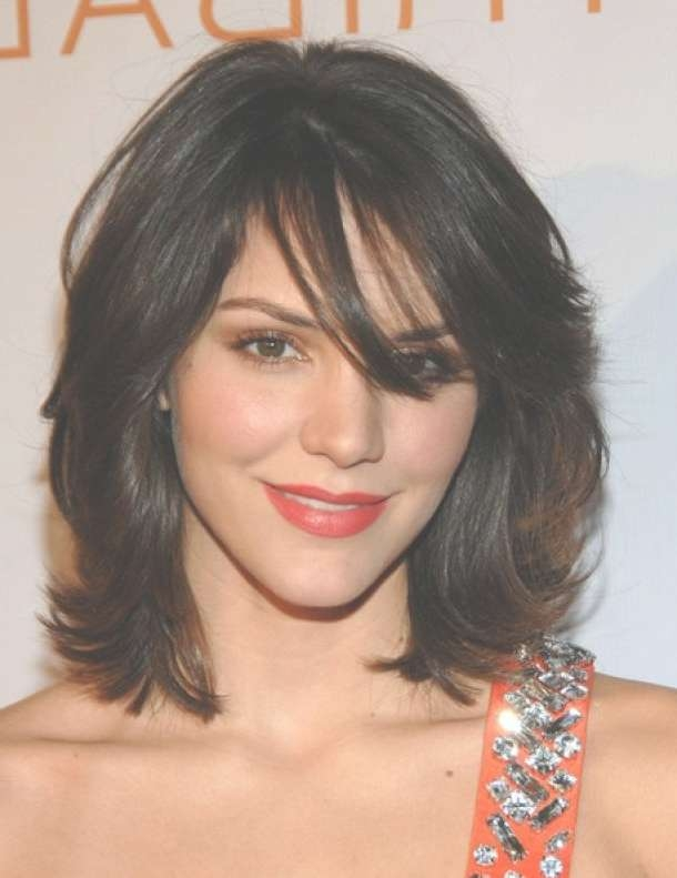 Can Afford Medium Layered Length Haircuts With Regard To 2018 Medium Haircuts In Layers (View 20 of 25)