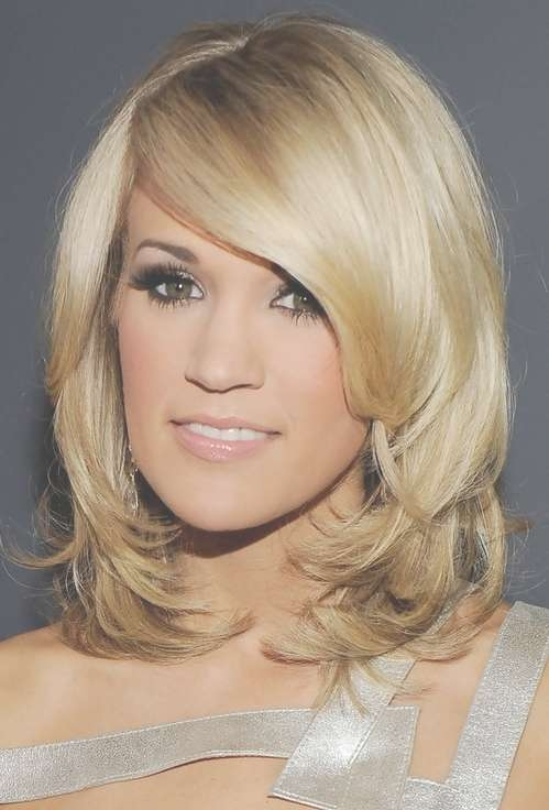 Carrie Underwood Medium Length Hair: Thick Bangs – Pretty Designs Regarding Latest Carrie Underwood Medium Hairstyles (View 10 of 25)
