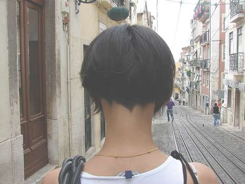 Celebrity Cut Hairstyle: Hot Bob Haircut Shaved Nape Of Neck( Hot Within Bob Haircuts Shaved In Back (View 20 of 25)