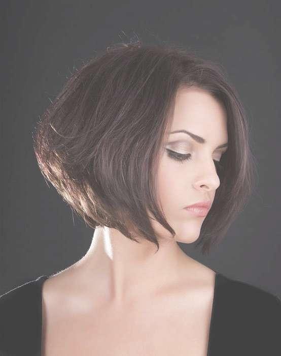 Chin Length Graduated Bob Hairstyle – Women Hairstyles Regarding Neck Length Bob Haircuts (View 13 of 25)