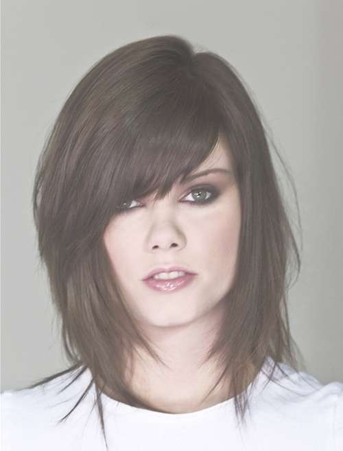Cool Layered Haircuts With Side Bangs Medium Length In Best And Newest Side Bang Medium Hairstyles (View 12 of 25)