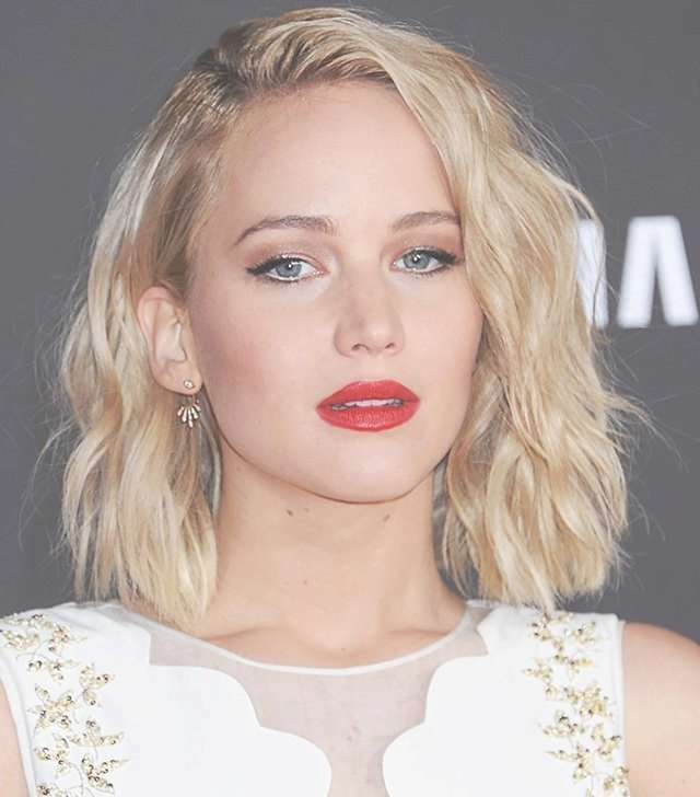 Copy That: A Jennifer Lawrence Hairstyle For Every Day Of The Week Regarding Jennifer Lawrence Bob Haircuts Jennifer Lawrence (View 14 of 25)