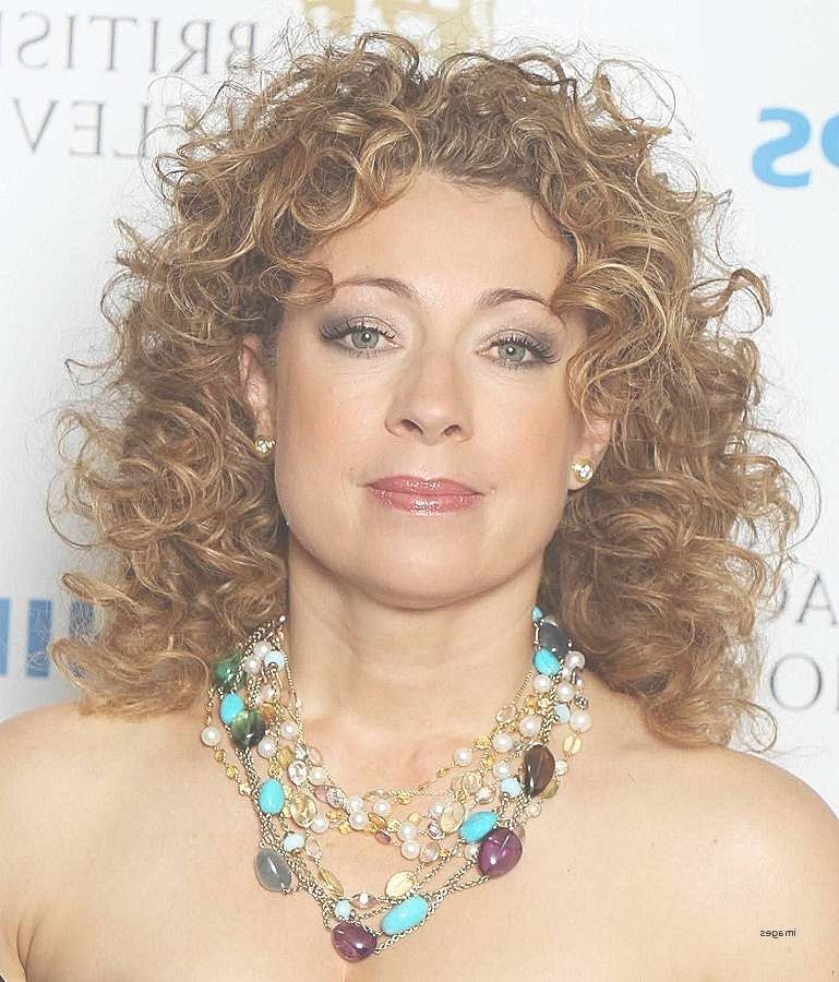Curly Hairstyles: Inspirational Hairstyles For Curly Hair Women With Regard To Most Up To Date Medium Haircuts For Women With Round Faces (View 23 of 25)