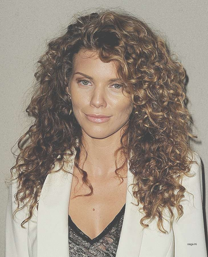 Curly Hairstyles: Lovely Wedding Hairstyles For Curly Medium Regarding Most Popular Medium Haircuts With Curly Hair (View 23 of 25)
