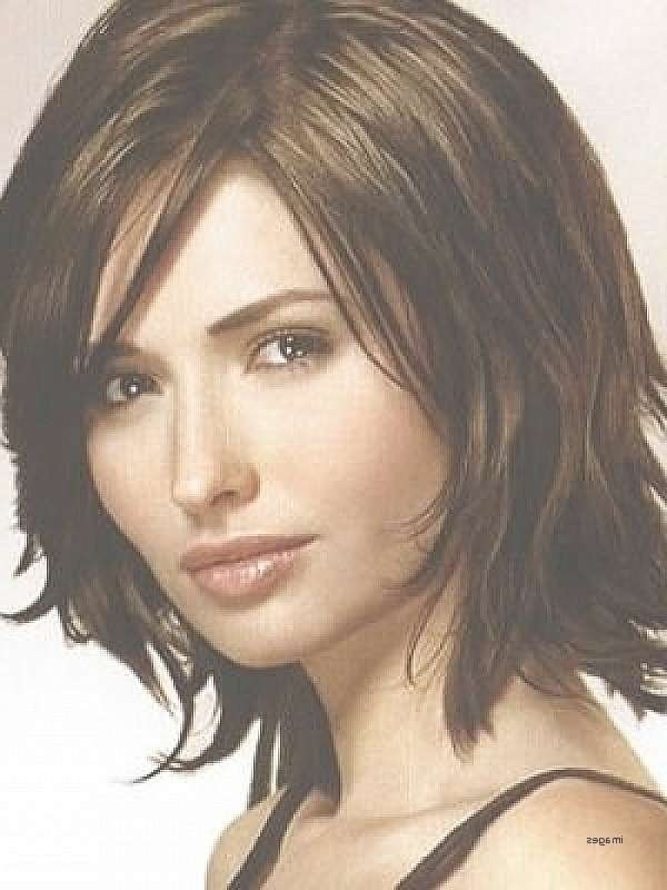 Cute Hairstyles: Luxury Cute Shoulder Length Hairstyles For Round Pertaining To Current Medium Haircuts For Round Faces And Thick Hair (View 24 of 25)