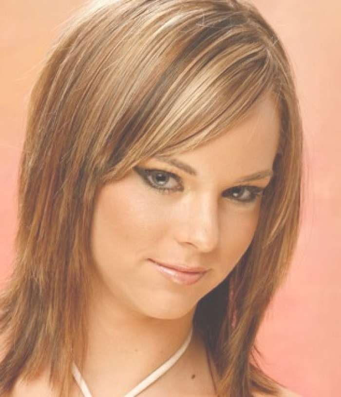 Cute Medium Hairstyles For Thin Hair With Most Recently Medium Hairstyles For Fine Hair And Oval Face (View 13 of 15)