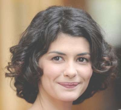Daily Hairstyle Idea(S): Audrey Tautou's Curly Options For Short Inside 2018 Audrey Tautou Medium Haircuts (View 24 of 25)