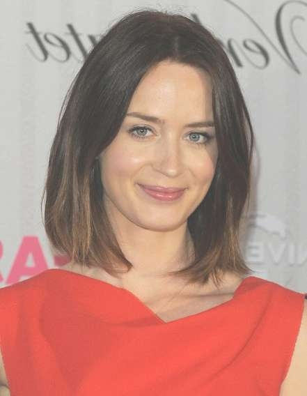 Emily Blunt Hairstyles – Popular Haircuts With Regard To Current Blunt Cut Medium Hairstyles (View 2 of 25)