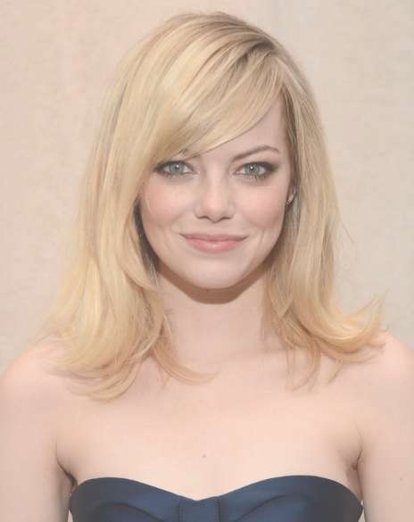 Emma Stone Blonde,medium Straight Hairstyles For Side Bangs 2013 Pertaining To Most Up To Date Medium Hairstyles With Straight Bangs (View 7 of 25)
