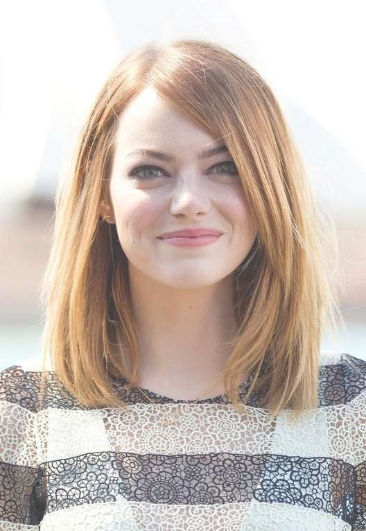 Emma Stone Medium Straight Bob For Oval Faces | Styles Weekly Pertaining To 2018 Oval Face Medium Haircuts (View 19 of 25)