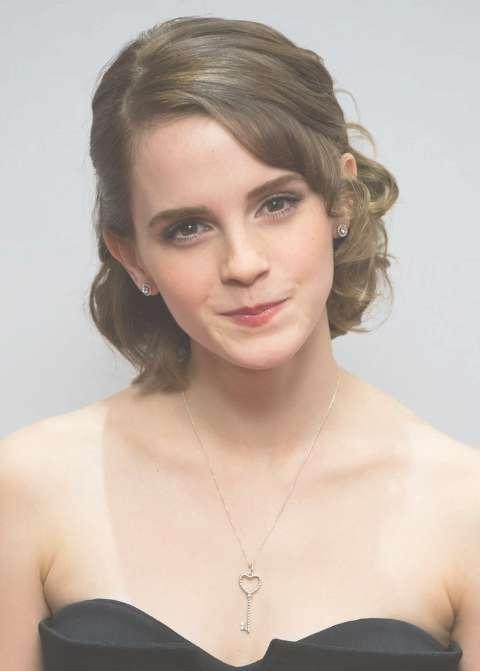 Emma Watson Formal Medium Haircuts – Popular Haircuts Regarding Recent Medium Hairstyles For A Ball (View 25 of 25)