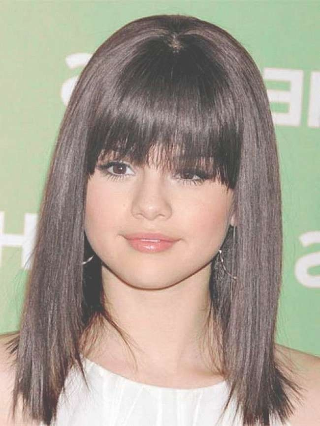 Fast Wedding Hairstyles For Medium Regarding Newest Medium Haircuts With Bangs For Round Faces (View 19 of 25)