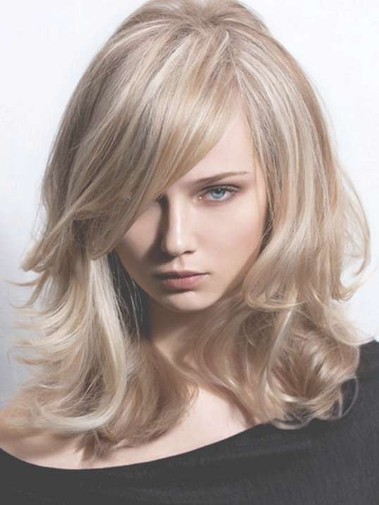 Great Hairstyles To Hide A Big Nose (View 12 of 15)