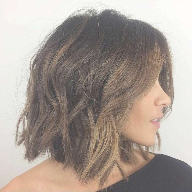 Hair Color Trends 2017/ 2018 – Highlights : Collarbone+Messy+Wavy+ Throughout Most Recent Medium Haircuts Thick Hair (View 21 of 25)