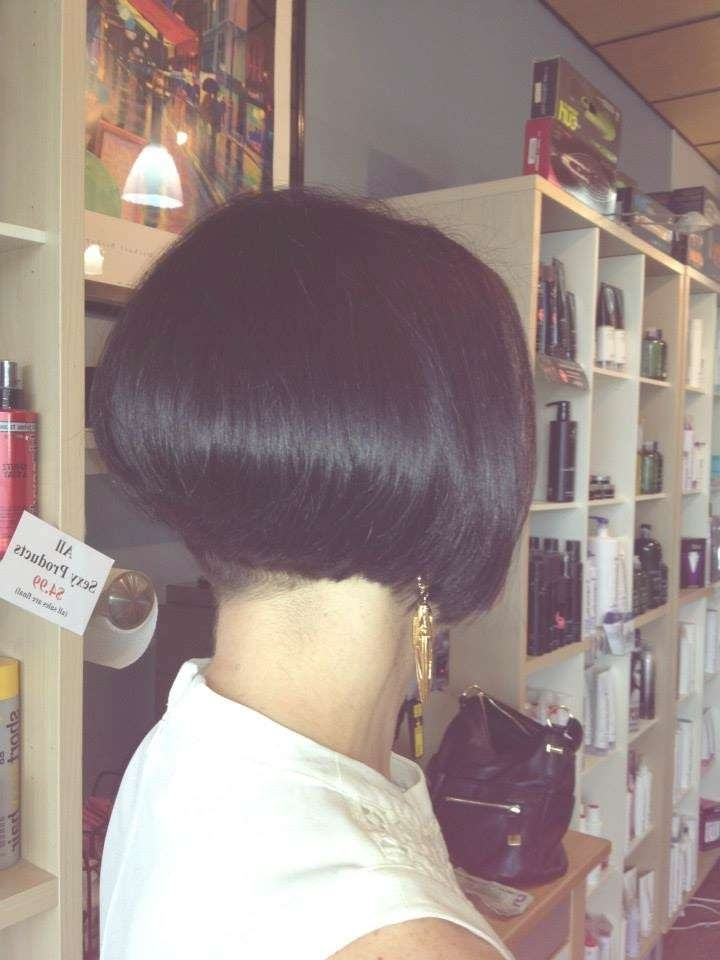 Hair Makeover – Long To Bob Haircut With A Buzzed Nape – Youtube Pertaining To Bob Haircuts Makeover (View 3 of 25)