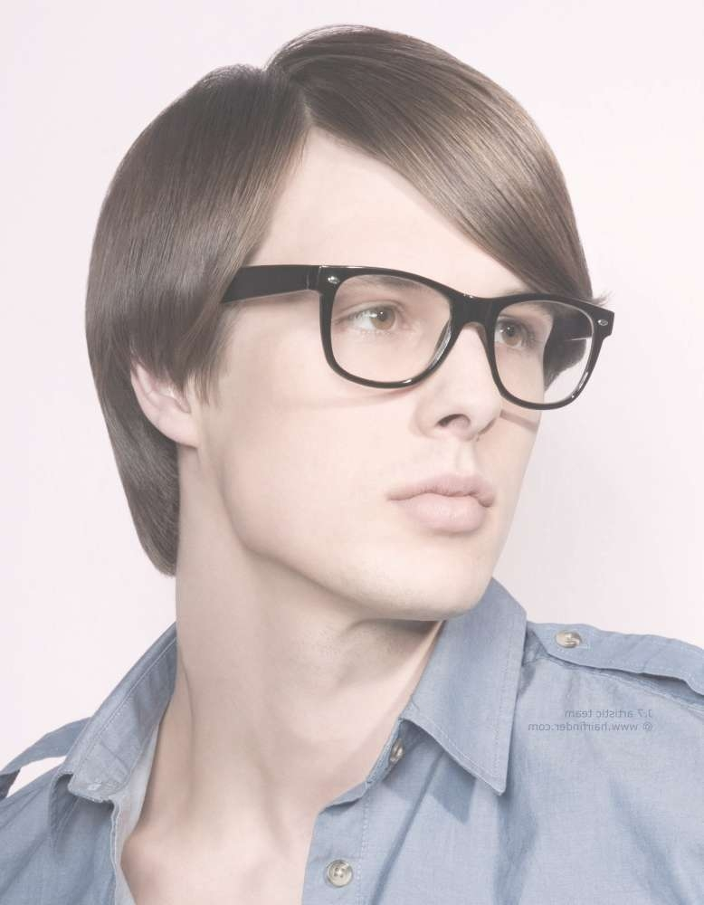 Haircut For Wearers Of Glasses With Recent Medium Hairstyles For Glasses Wearers (View 9 of 15)
