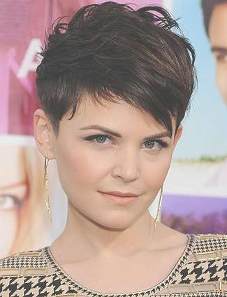 Haircuts And Hairstyles For Round Faces – Jere Haircuts Inside Most Recent Medium Haircuts For Small Foreheads (View 23 of 25)