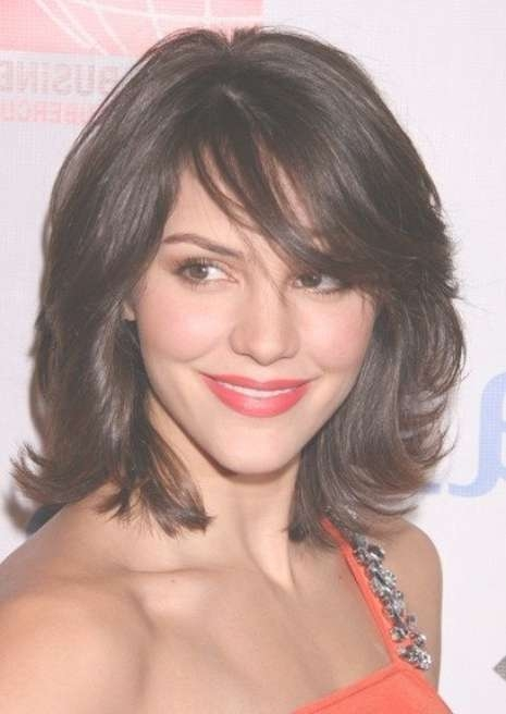 Haircuts For Medium Length Hair Pertaining To 2018 Medium Haircuts With Layers And Side Bangs (View 20 of 25)