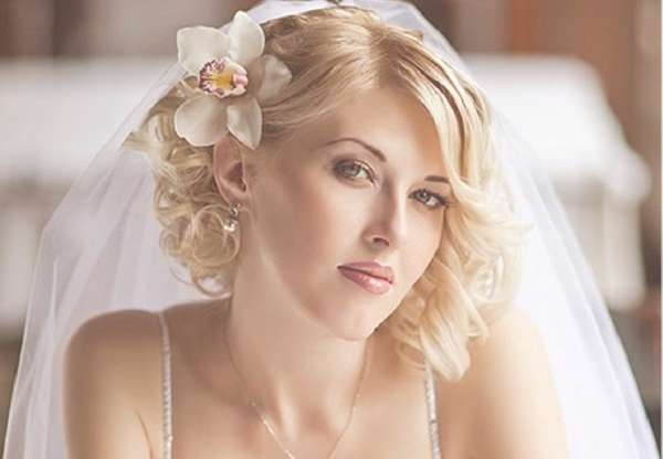 Hairstyle Perfect For Brides Medium Length Hair This Best | Medium Regarding 2018 Brides Medium Hairstyles (View 23 of 25)