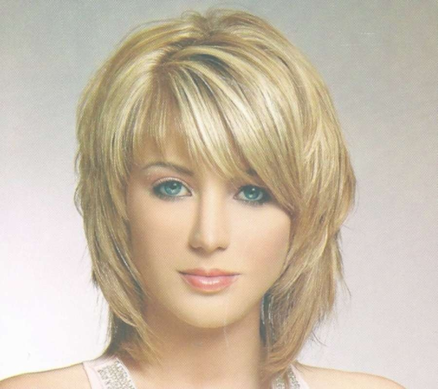 Displaying Gallery Of Medium Hairstyles For Thin Fine Hair And Round