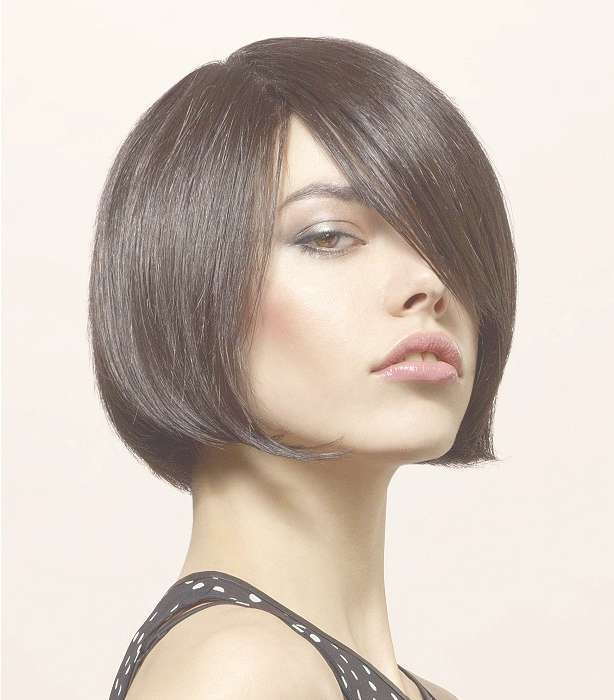 Hairstyles For Long Faces Intended For Newest Medium Haircuts On Long Faces (View 18 of 25)