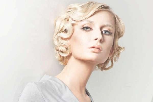 Hairstyles For Medium Hair Globezhair | Medium Hair Styles Ideas Inside Current 20S Medium Hairstyles (View 18 of 25)