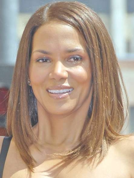 Halle Berry Long Bob Hairstyle: Casual Straight Hair – Hairstyles Regarding Straight Long Bob Hairstyles (View 10 of 25)