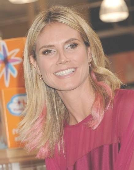 Heidi Klum Easy Medium Hairstyle For Straight Hair – Popular Haircuts Intended For Most Current Center Part Medium Hairstyles (View 10 of 25)