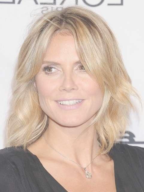 Heidi Klum Medium Length Hairstyle: Wavy Haircut – Pretty Designs Intended For Latest Heidi Klum Medium Haircuts (View 12 of 25)