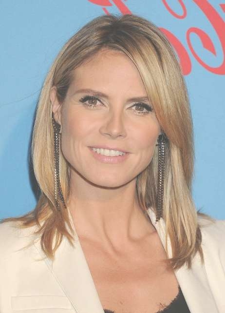 Heidi Klum Medium Straight Hairstyle With Layers – Hairstyles Weekly For Most Up To Date Heidi Klum Medium Haircuts (View 2 of 25)