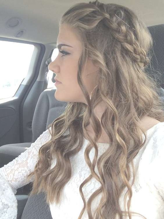 Homecoming Hairstyles For Short Hair Easy Homecoming Hairstyles For Most Up To Date Homecoming Medium Hairstyles (View 13 of 15)