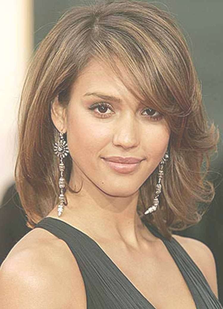 Incredible Preferred Medium Length Hairstyles With Side Swept With Most Up To Date Medium Hairstyles Side Swept Bangs (View 13 of 25)
