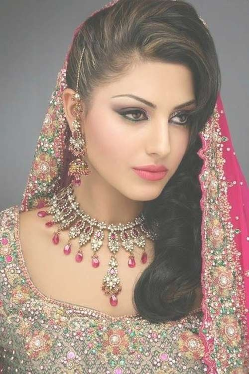 Indian Wedding Hairstyles For Medium Hair – Style Samba In Newest Indian Wedding Medium Hairstyles (View 14 of 25)