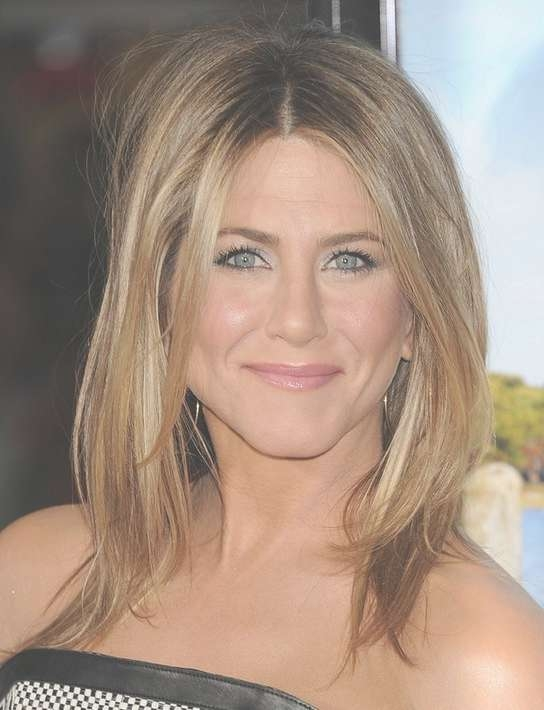 Jennifer Aniston Medium Length Hairstyle: Center Part - Pretty Designs with 2018 Center Part Medium Hairstyles