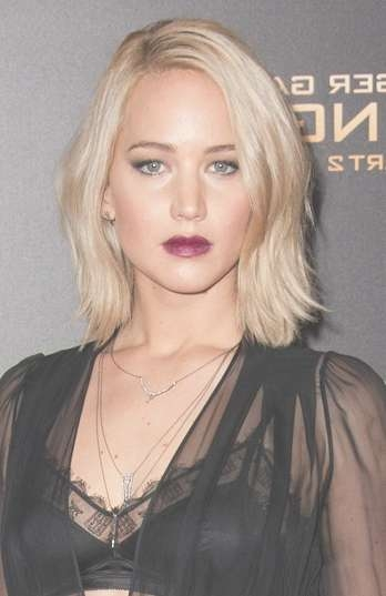 Jennifer Lawrence Hairstyles | Sophisticated Allure Hairstyles in Most Popular Jennifer Lawrence Medium Haircuts