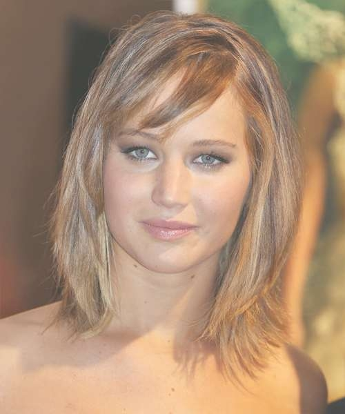 Jennifer Lawrence Medium Straight Casual Hairstyle regarding 2018 Jennifer Lawrence Medium Hairstyles