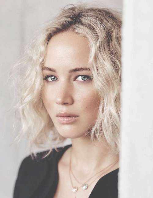 Jennifer Lawrence's Bob Hairstyles – Hair World Magazine Regarding Jennifer Lawrence Bob Haircuts Jennifer Lawrence (View 19 of 25)