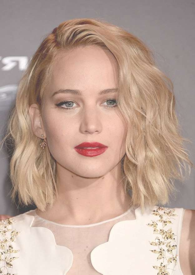 Jennifer Lawrence's Bob Hairstyles – Hair World Magazine Within Jennifer Lawrence Bob Haircuts Jennifer Lawrence (View 20 of 25)
