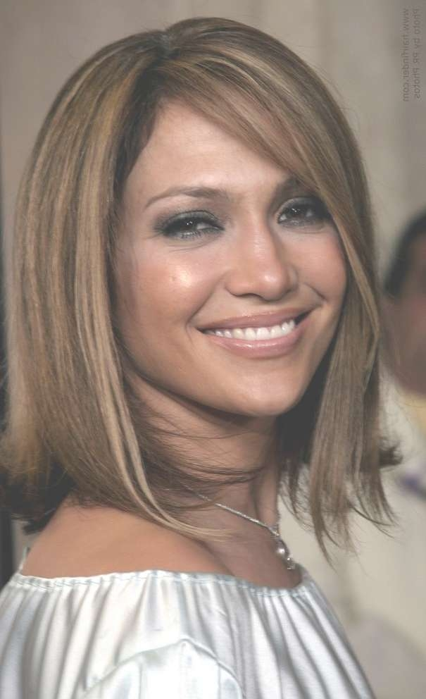 Jennifer Lopez Wearing Blunt Cut Medium Length Hair With Highlights with regard to Current Blunt Cut Medium Hairstyles