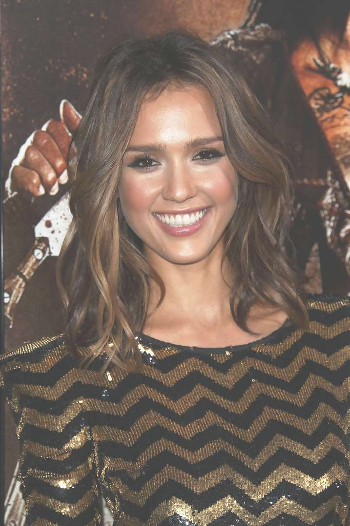 Jessica Alba Shoulder Length Hairstyles – Jessica Alba Hair Inside Latest Jessica Alba Medium Haircuts (View 9 of 25)