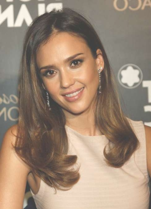 Jessica Alba Soft Curls Hairstyle – Popular Haircuts Pertaining To Best And Newest Jessica Alba Medium Haircuts (View 18 of 25)