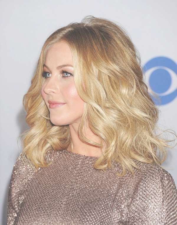 Julianne Hough: 25 Most Impressive And Trendy Hairstyles For Your pertaining to Recent Julianne Hough Medium Haircuts