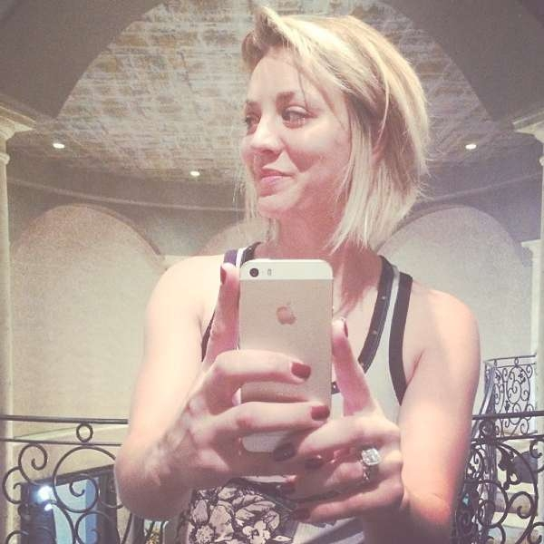 Kaley Cuoco Hairstyles – Hair World Magazine With Most Current Kaley Cuoco New Medium Haircuts (View 20 of 25)