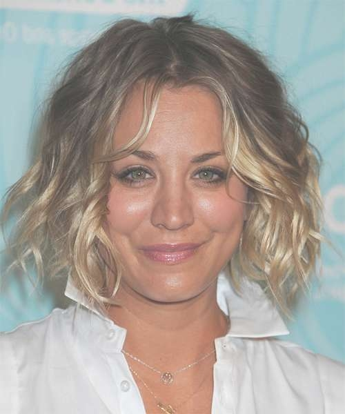 Kaley Cuoco Hairstyles In 2018 Throughout Most Current Kaley Cuoco Medium Hairstyles (View 15 of 15)