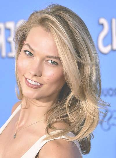 Karlie Kloss – Beauty Riot For Current Karlie Kloss Medium Haircuts (View 10 of 25)