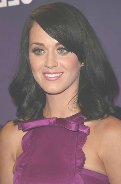 Katy Perry Medium Wavy Cut With Bangs – Shoulder Length Hairstyles Throughout Best And Newest Katy Perry Medium Hairstyles (View 16 of 25)