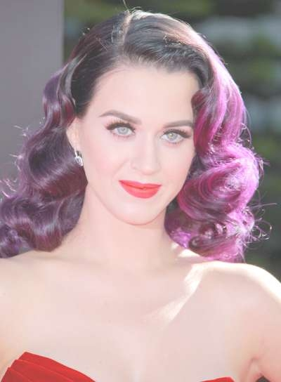 Katy Perry's Best Hairstyle And Hair Color Makeovers | Haircuts In Current Katy Perry Medium Hairstyles (View 22 of 25)